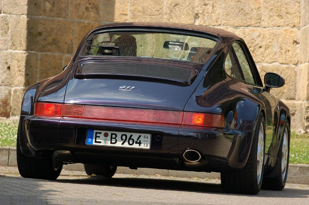 911 carrera 2 4 the 1994 anniversary edition 911 seen from behind publicscrutiny Choice Image