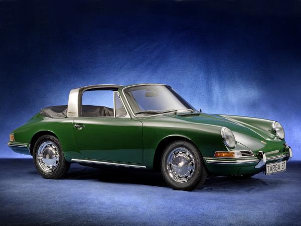1967 Green Porsche 911 Targa