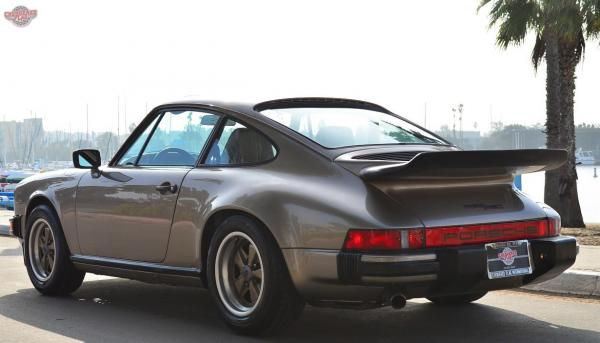 1980 Porsche 911 Weissach Edition in Platinum Metallic, seen from behind