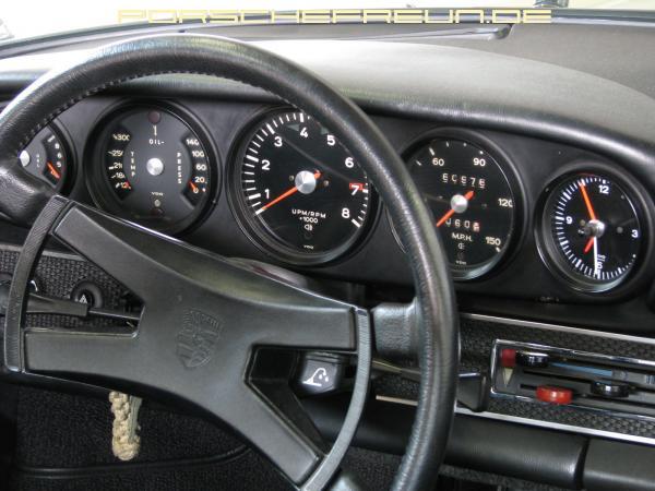 1969 911 Targa 2.2 E dashboard
