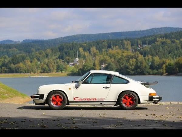 Porsche 911 Carrera Club Sport