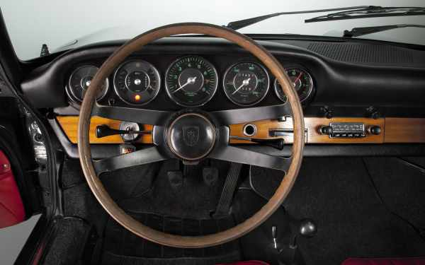 1964 911 interior with optional wooden steering wheel.