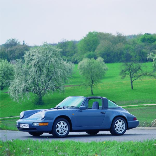 1990 Porsche 911 Targa in blue